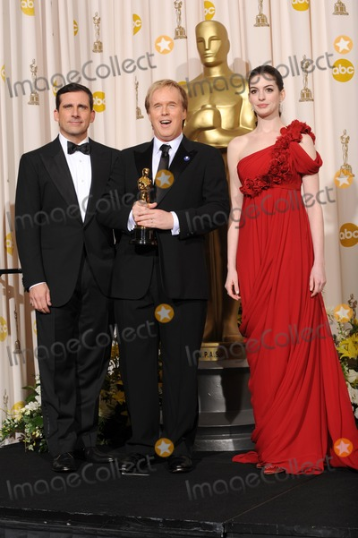 Anne Hathway Photo - Steve Carrell  Brad Byrd  Anne Hathway at the 80th Annual Academy Awards at the Kodak Theatre HollywoodFebruary 24 2008 Los Angeles CAPicture Paul Smith  Featureflash