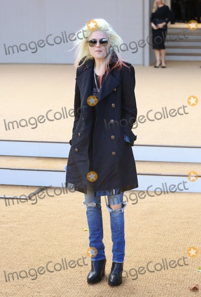 Alison Mosshart Photo - Alison Mosshart at London Fashion Week SS14  - Burberry Prorsum ss 2014 - Arrivals London 16092013 Picture by Henry Harris  Featureflash