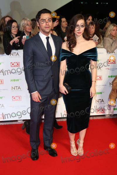 Aidan Turner Photo - Heida Reed  Aidan Turner at The National Television Awards 2016 (NTAs) held at the O2 Arena London January 20 2016  London UKPicture James Smith  Featureflash
