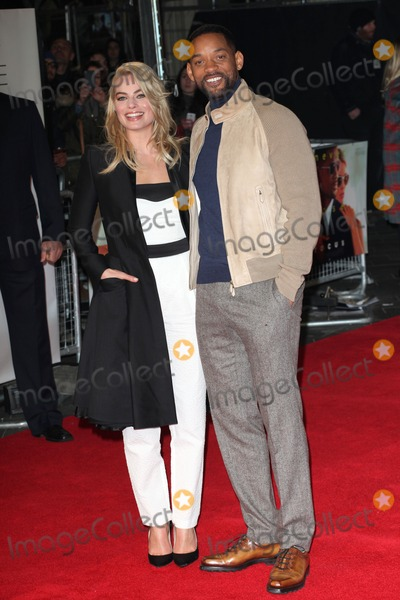 Margot Robbie Photo - Margot Robbie and Will Smith arriving for the Focus Premiere at Vue West End London 11022015 Picture by Alexandra Glen  Featureflash