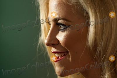 Amy Winehouse Photo - Pixie Lott arriving for the Amy Winehouse Foundation Dinner London 20112013 Picture by Dave Norton  Featureflash