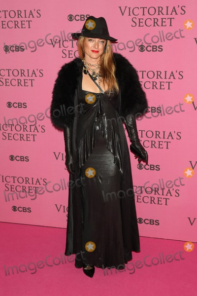 Alice Temperley Photo - Alice Temperley arriving for the Victorias Secret Fashion Show 2014 London held at Earls Court London  02122014 Picture by James Smith  Featureflash