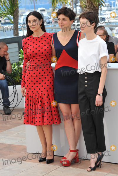 Alba Rohrwacher Photo - Monica Bellucci Alice Rohrwacher  Alba Rohrwacher at the photocall for their movie The Wonders at the 67th Festival de CannesMay 18 2014  Cannes FrancePicture Paul Smith  Featureflash