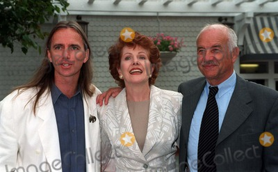 Armin Mueller-Stahl Photo - 21MAR97  Shine director SCOTT HICKS (left)  stars LYNNE REDGRAVE  ARMIN MUELLER-STAHL at the BAFTA tea party in Los Angeles for the Oscar nominees Pix PAUL SMITH