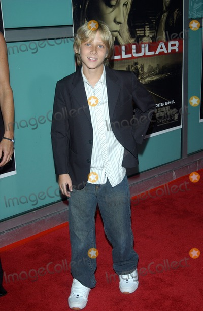 Adam Gordon Photo - Actor ADAM GORDON at the Los Angeles premiere of his new movie CellularSeptember 9 2004