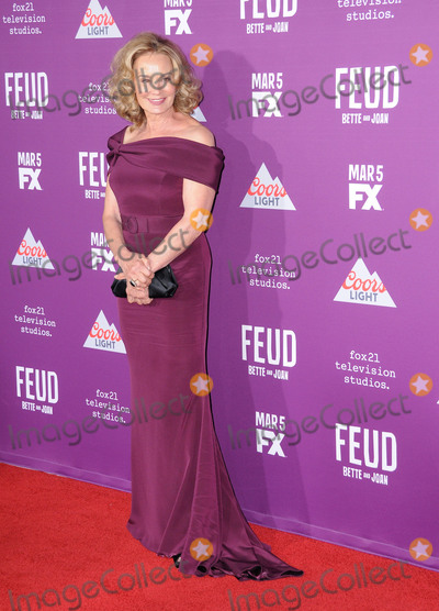 Graumans Chinese Theatre Photo - HOLLYWOOD CA - MARCH 1  Actress Jessica Lange attends Red Carpet Event for FXs Feud Bette And Joan at Graumans Chinese theatre on March 1 2017 in Hollywood California  (Photo by Barry KingImageCollectcom)