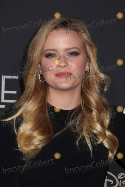 Ava Phillippe Photo - Ava Phillippe 02262018 The World Premiere of A Wrinkle in Time held at El Capitan Theatre in Los Angeles CA Photo by Izumi Hasegawa  HollywoodNewsWireco