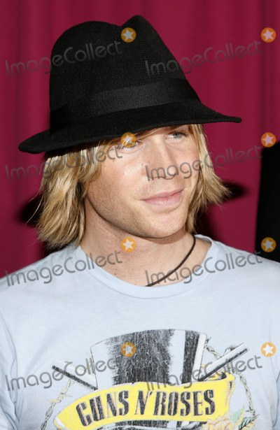 Ashley Parker Angel Photo - Ashley Parker Angel arrives to June Ambroses Effortless Style book launch party hosted by Sean Combs and June Ambrose on August 28 2006 in New York City
