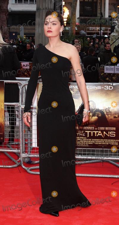 Alexa Davalos Photo - London UK     Alexa Davalos at the world premiere of Clash of the Titans  Empire Leicester Square 29th March 2010 Keith MayhewLandmark Media