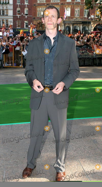 Adam Godley Photo - London Adam Godley at the UK Premiere of Charlie and the Chocolate Factory at the Odeon Leicester Square17 July 2005Paulo PirezLandmark Media