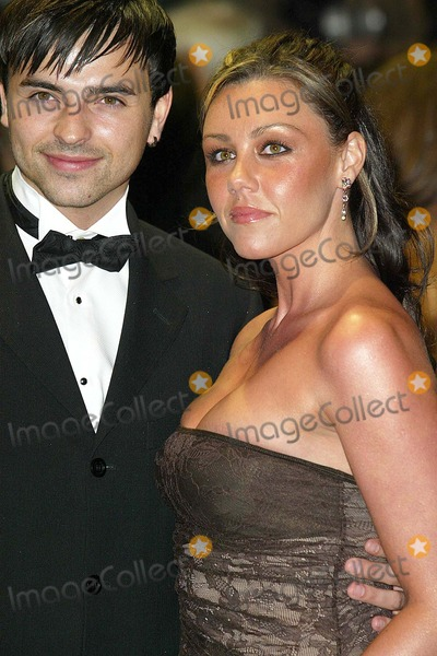 Andy Scott-Lee Photo - London Michelle Heaton (Liberty X) and boyfriend Andy Scott-Lee arrive at the film premiere of Ladies in Lavender in Leicester Square08 November 2004Jenny RobertsLandmark Media