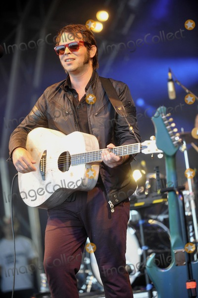 Gaz Coombs Photo - Oxfordshire UK Gaz Coombes at The Big Feastival held at Alex James Farm in Kingham 1st September 2012Keith MayhewLandmark Media