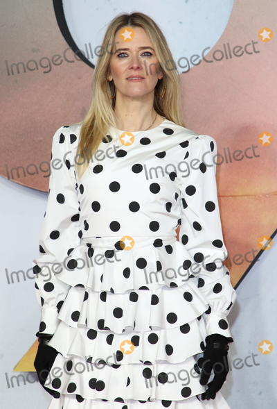 Edith Bowman Photo - London UK Edith Bowman at World Premiere and Royal Performance of 1917 at the Odeon Luxe Leicester SquareLondon on December 4th 2019Ref LMK73-J5896-051119Keith MayhewLandmark MediaWWWLMKMEDIACOM