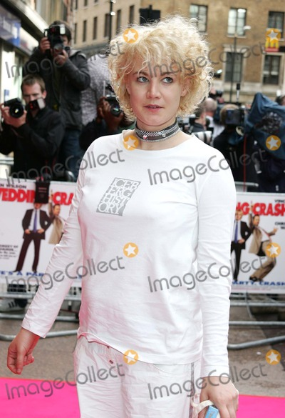 Emily Lloyd Photo - London  Emily Lloyd at the Premiere of Wedding Crashers at the Odeon West End4 July 2005Keith MayhewLandmark Media