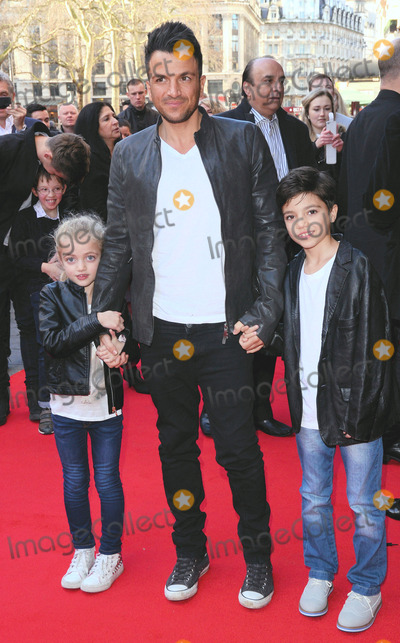 Peter andre pictures and photos peter andre photo london uk princess tiaamii chrystal esther peter andre and junior sawa at m4hsunfo