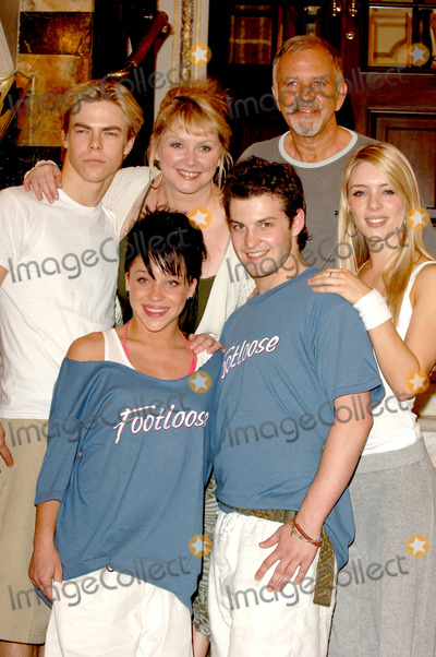 Amy Pemberton Photo - London David Essex Cheryl Baker Derek Hough Amy Pemberton and Strictly Dance Fever 2006 champions Darrien Wright and Hollie Robertson at the first day of rehearsals with the Footloose cast at the Novello Theatre12 June 2006Ali KadinskyLandmark Media