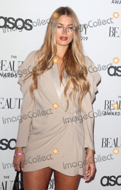 Arabella Chi Photo - LondonUK Arabella Chi  at  The Beauty Awards 2019 VIP Pink Carpet at City Central at the HAC Chiswell St London 25th November 2019RefLMK73-2625-261119Keith MayhewLandmark MediaWWWLMKMEDIACOM