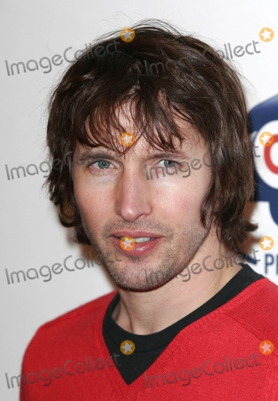 James Blunt Photo - London UK James Blunt at the Jingle Bell Ball at the O2 Arena for Capitol Radio10th December 2008Dave Norton Landmark Media