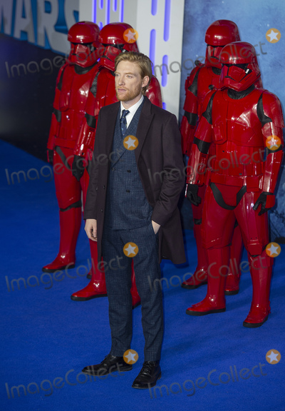 DOMHNALL GLEESON Photo - London UK Domhnall Gleeson  at the European Premiere of Star Wars The Rise of Skywalker at Cineworld Leicester Square on December 18 2019 in London EnglandRef LMK386-J5951-201219Gary Mitchell Landmark Media  WWWLMKMEDIACOM