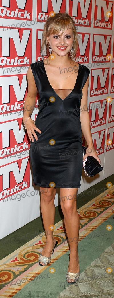 Tina OBrien Photo - London Tina OBrien at the TV Quick Awards 2004 at the Dorchester Hotel6 September 2004Eric BestLandmark Media
