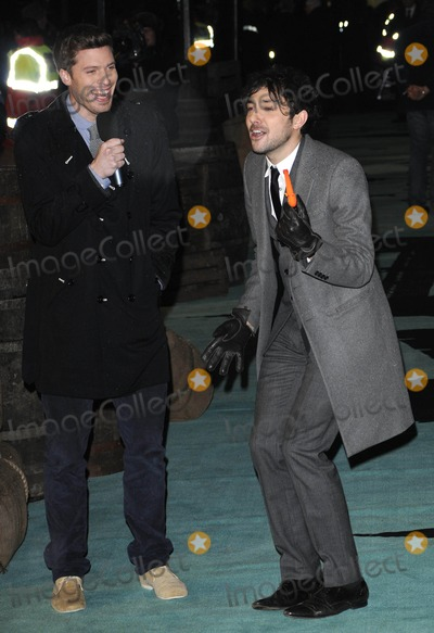 Alex Zane Photo - London UK Rick Edwards and Alex Zane at the World Premiere of the film Sherlock Holmes held The Empire Cinema Leicester Square14 December 2009                     Can NguyenLandmark Media