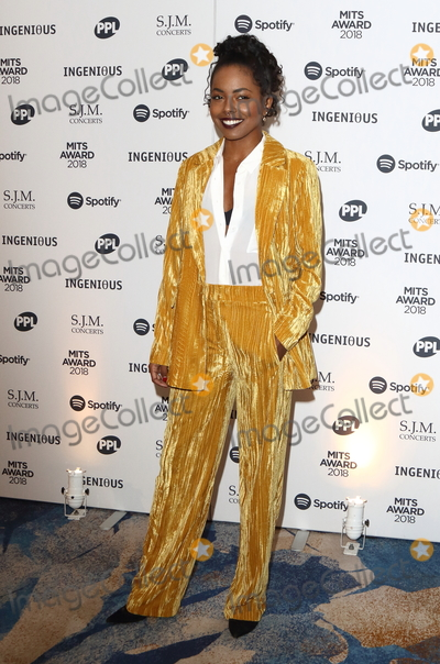 Adrienne Warren Photo - London UK Adrienne Warren at Music Industry Trusts Awards at  Grosvenor House Park Lane London  on Monday  5th November 2018 Ref LMK73-J2897-061118Keith MayhewLandmark MediaWWWLMKMEDIACOM