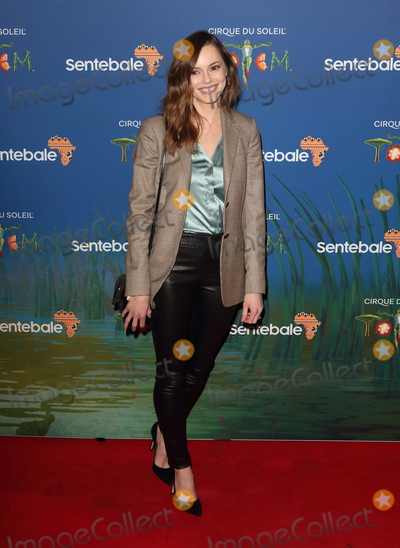Hannah Tointon Photo - London UK   Hannah Tointon at Totem by Cirque du Soleil Press Night at the Royal Albert Hall Kensington Gore London on January 16th 2019Ref LMK73-J4210-170119Keith MayhewLandmark MediaWWWLMKMEDIACOM