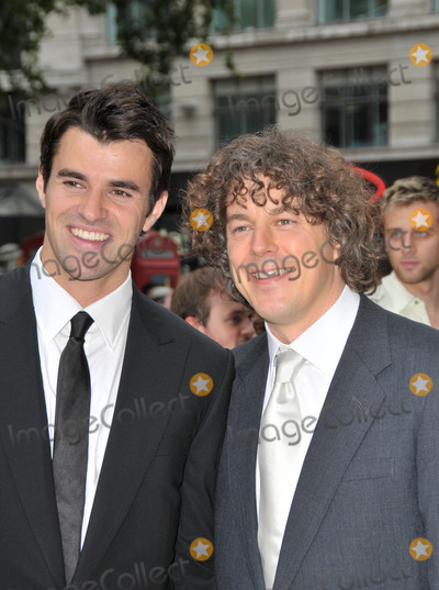 Alan Davies Photo - London UK Alan Davies and Steve Jones at the premiere of new film Angus Thongs and Perfect Snogging  The Empire Cinema Leicester Square London UK 16th July 2008SYDLandmark Media