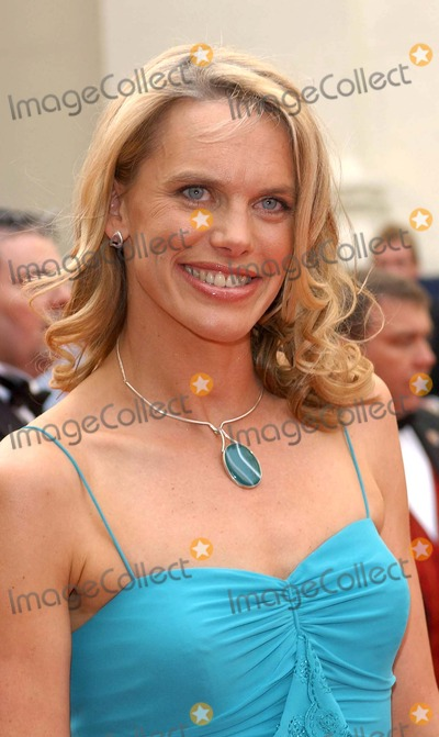 Anna Walker Photo - London Anna Walker at the British Academy of Film and Television (BAFTA) TV Awards 2005 held at the Theatre Royal Drury Lane 17 April 2005 Eric BestLandmark
