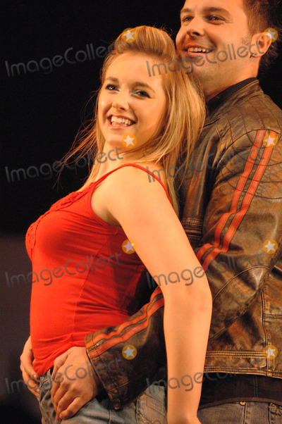 Johnny Shentall Photo - London Johnny Shentall (Ex Hearsay member after replacing Kym Marsh and also boyfriend of Steps member Lisa Scott-Lee) and Lorna Want at a photocall for the musical Footloose at the Novello Theatre Aldwych11 April 2006Ali KadinskyLandmark Media