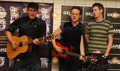 The Futureheads Photo - London UK Ross Millard Barry Hyde and Jaff  from the new wave indie band from Sunderland The Futureheads perform three tracks acoustic set to mark the launch of OXJAM a series of music events across the country which runs from the 1st to the 31st of  October  The photocall took place at Charing Cross underground station 25th August 2006  Ali KadinskyLandmark Media