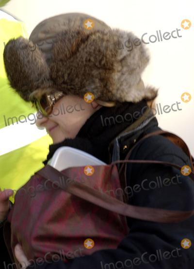 Alison Goldfrapp Photo - London Alison Goldfrapp arriving at the Riverside StudiosJanuary 28th 2006Picture by Steve McGarryLandmark Media