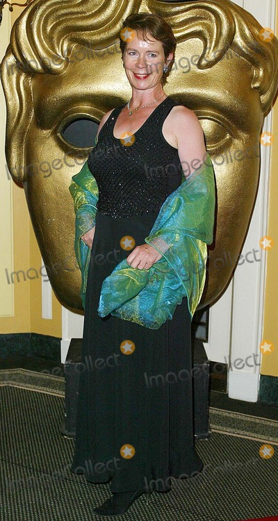 Celia Imrie Photo - London Celia Imrie at the British Academy Television Craft Awards 16 May 2004JENNY ROBERTSLANDMARK MEDIA