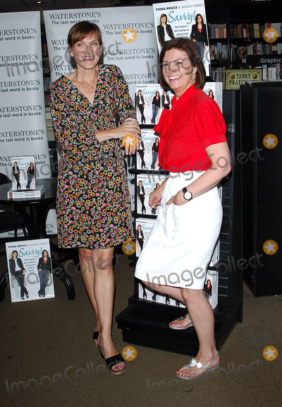 Fiona Bruce Photo - London UK Fiona Bruce and Jacqui Hames   at book signing of thair new book Savvy a girls guide on how to stay safe in any situation held at Waterstones 193 Kensington High Street  01 July 2008Chris JosephLandmark Media
