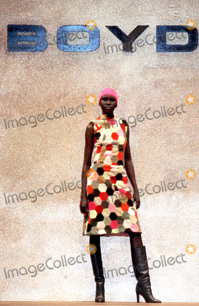 Alex Wek Photo - LondonAlex Wek models at the Boyd fashion show part of London Fashion WeekFebruary 2000Picture by Trevor MooreLandmark Media