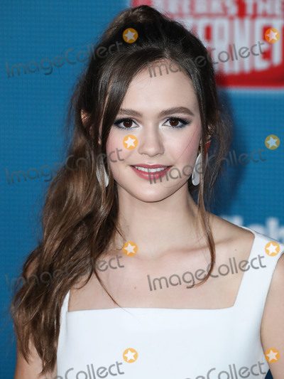 Marc Jacobs Photo - HOLLYWOOD LOS ANGELES CA USA - NOVEMBER 05 Actress Olivia Sanabia wearing a Gloria Guerrero dress Steve Madden heels and Marc Jacobs earrings arrives at the World Premiere Of Disneys Ralph Breaks The Internet held at the El Capitan Theatre on November 5 2018 in Hollywood Los Angeles California United States (Photo by Xavier CollinImage Press Agency)