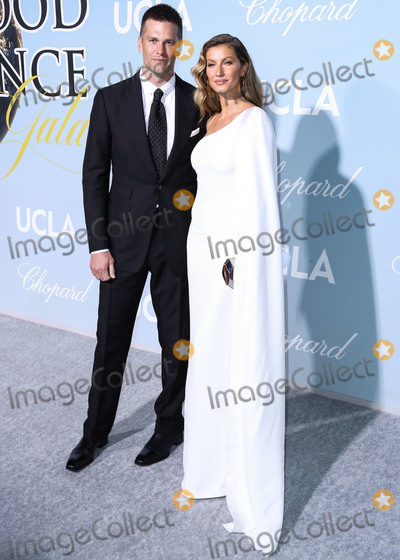 Giselle Photo - (FILE) Tom Brady Announces He Is Leaving the New England Patriots American football quarterback Tom Brady announced Tuesday March 17 2020 he will leave the New England Patriots and continue his NFL career elsewhere next season BEVERLY HILLS LOS ANGELES CALIFORNIA USA - FEBRUARY 21 Football quarterback Tom Brady and wifemodel Gisele Bundchen arrive at the 2019 Hollywood For Science Gala held at a Private Estate on February 21 2019 in Beverly Hills Los Angeles California United States (Photo by Xavier CollinImage Press Agency)