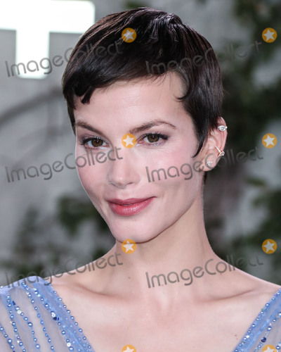 Sylvia Hoeks Photo - WESTWOOD LOS ANGELES CALIFORNIA USA - OCTOBER 21 Actress Sylvia Hoeks wearing Georges Hobeika arrives at the World Premiere Of Apple TVs See held at the Fox Village Theater on October 21 2019 in Westwood Los Angeles California United States (Photo by Xavier CollinImage Press Agency)