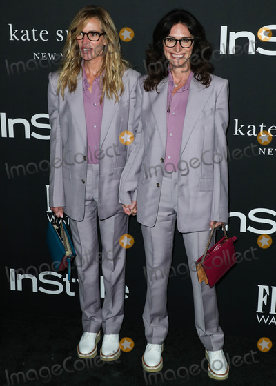 Elizabeth Stewart Photo - LOS ANGELES CA USA - OCTOBER 22 Actress Julia Roberts and Elizabeth Stewart wearing Givenchy suits Jacquie Aiche necklaces and Clergerie shoes arrive at the InStyle Awards 2018 held at the Getty Center on October 22 2018 in Los Angeles California United States (Photo by Xavier CollinImage Press Agency)