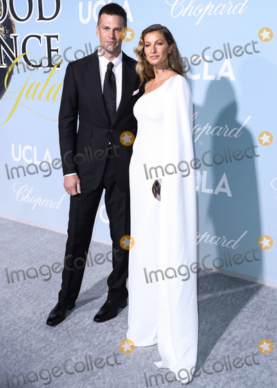 Gisele Bundchen Photo - BEVERLY HILLS LOS ANGELES CA USA - FEBRUARY 21 Football quarterback Tom Brady and wifemodel Gisele Bundchen arrive at the 2019 Hollywood For Science Gala held at a Private Estate on February 21 2019 in Beverly Hills Los Angeles California United States (Photo by Xavier CollinImage Press Agency)