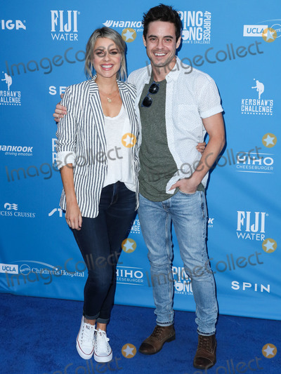 Ali Fedotowski Photo - LOS ANGELES CALIFORNIA USA - AUGUST 08 Television Personality Ali Fedotowsky and husbandtelevision personality Kevin Manno arrive at Clayton Kershaws 7th Annual Ping Pong 4 Purpose Fundraiser held at Dodger Stadium on August 8 2019 in Los Angeles California United States (Photo by Xavier CollinImage Press Agency)