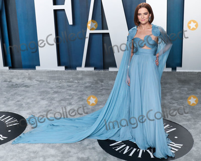 Zoey Deutch Photo - BEVERLY HILLS LOS ANGELES CALIFORNIA USA - FEBRUARY 09 Actress Zoey Deutch wearing Valentino arrives at the 2020 Vanity Fair Oscar Party held at the Wallis Annenberg Center for the Performing Arts on February 9 2020 in Beverly Hills Los Angeles California United States (Photo by Xavier CollinImage Press Agency)