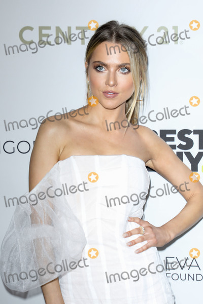 Ann Winters Photo - BEVERLY HILLS LOS ANGELES CALIFORNIA USA - NOVEMBER 15 Anne Winters arrives at the Eva Longoria Foundation Dinner Gala 2019 held at the Four Seasons Los Angeles at Beverly Hills on November 15 2019 in Beverly Hills Los Angeles California United States (Photo by Image Press Agency)