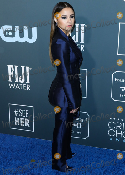 Anouk Aim Photo - SANTA MONICA LOS ANGELES CALIFORNIA USA - JANUARY 12 Actress Aimee Carrero wearing Gabriela Hearst arrives at the 25th Annual Critics Choice Awards held at the Barker Hangar on January 12 2020 in Santa Monica Los Angeles California United States (Photo by Xavier CollinImage Press Agency)