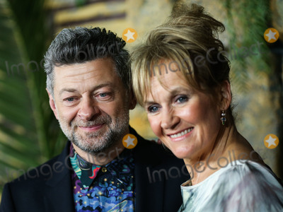 Andy Serkis Photo - HOLLYWOOD LOS ANGELES CA USA - NOVEMBER 28 Actor Andy Serkis and wife Lorraine Ashbourne arrive at the Los Angeles Premiere Of Netflixs Mowgli Legend Of The Jungle held at ArcLight Cinema Hollywood on November 28 2018 in Hollywood Los Angeles California United States (Photo by Xavier CollinImage Press Agency)