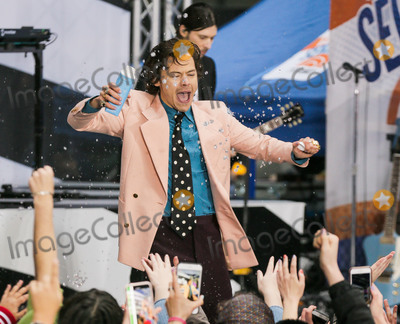 Harry Styles Photo - MANHATTAN NEW YORK CITY NEW YORK USA - FEBRUARY 26 Harry Styles Performs On NBCs Today Show held at Rockefeller Plaza on February 26 2020 in Manhattan New York City New York United States (Photo by Image Press Agency)