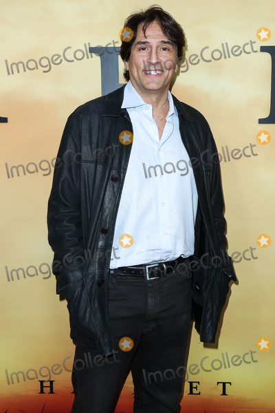 Vincent Spano Photo - LOS ANGELES CALIFORNIA USA - OCTOBER 29 Vincent Spano arrives at the Los Angeles Premiere Of Focus Features Harriet held at The Orpheum Theatre on October 29 2019 in Los Angeles California United States (Photo by Xavier CollinImage Press Agency)