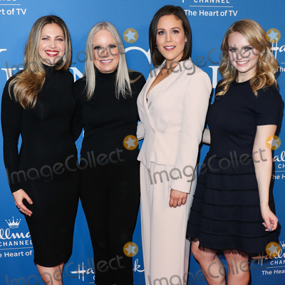 Erin Krakow Photo - BEVERLY HILLS LOS ANGELES CALIFORNIA USA - FEBRUARY 11 Pascale Hutton Michelle Vicary Erin Krakow and Andrea Brooks arrive at Hallmark Channels When Calls the Heart Season 7 Premiere Celebration held at the Beverly Wilshire A Four Seasons Hotel on February 11 2020 in Beverly Hills Los Angeles California United States (Photo by Xavier CollinImage Press Agency)