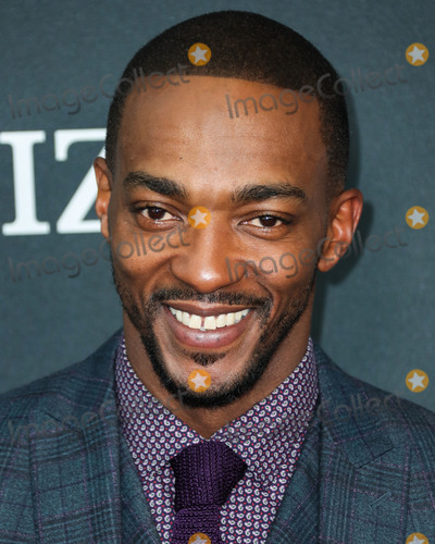 Anthony Mackie Photo - LOS ANGELES CALIFORNIA USA - APRIL 22 Actor Anthony Mackie wearing Etro arrives at the World Premiere Of Walt Disney Studios Motion Pictures and Marvel Studios Avengers Endgame held at the Los Angeles Convention Center on April 22 2019 in Los Angeles California United States (Photo by Xavier CollinImage Press Agency)