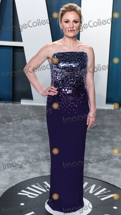 Anna Maria Perez de Tagl Photo - BEVERLY HILLS LOS ANGELES CALIFORNIA USA - FEBRUARY 09 Anna Paquin arrives at the 2020 Vanity Fair Oscar Party held at the Wallis Annenberg Center for the Performing Arts on February 9 2020 in Beverly Hills Los Angeles California United States (Photo by Xavier CollinImage Press Agency)